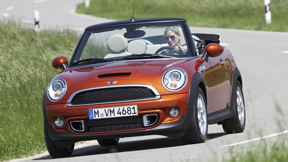 El coche de alquiler preferido por las mujeres es el Mini