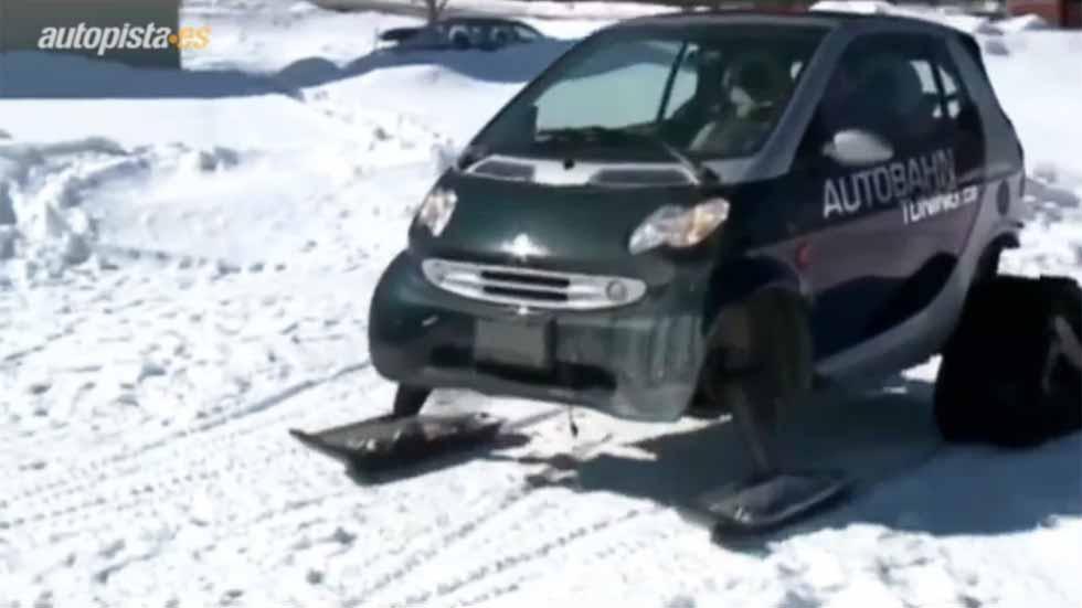 Transforma su Smart en una moto de nieve (vídeo)