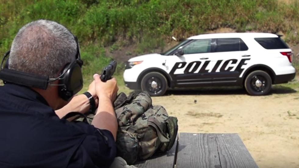 Ford Interceptor, el coche policía de Estados Unidos a prueba de balas (vídeo)