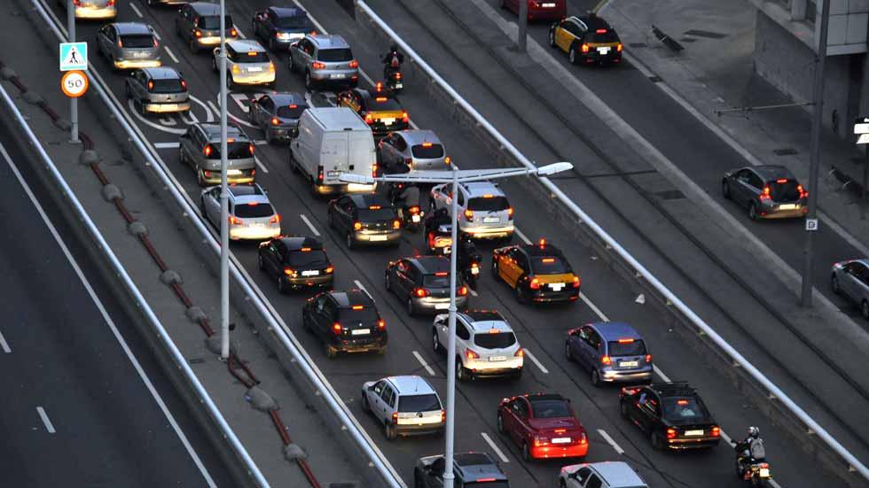 Las ciudades y las carreteras españolas con más atascos son...