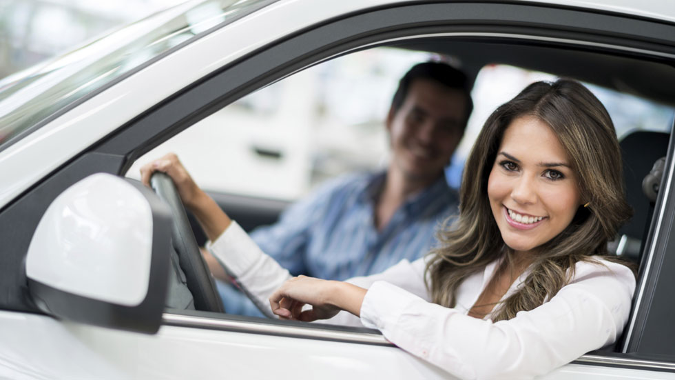 Cuándo merece la pena contratar un coche de renting