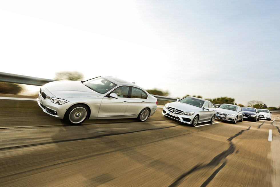 BMW 320d frente a Audi A4 2.0 TDI, Jaguar XE 2.0D, Lexus IS 300h y Mercedes C 220D
