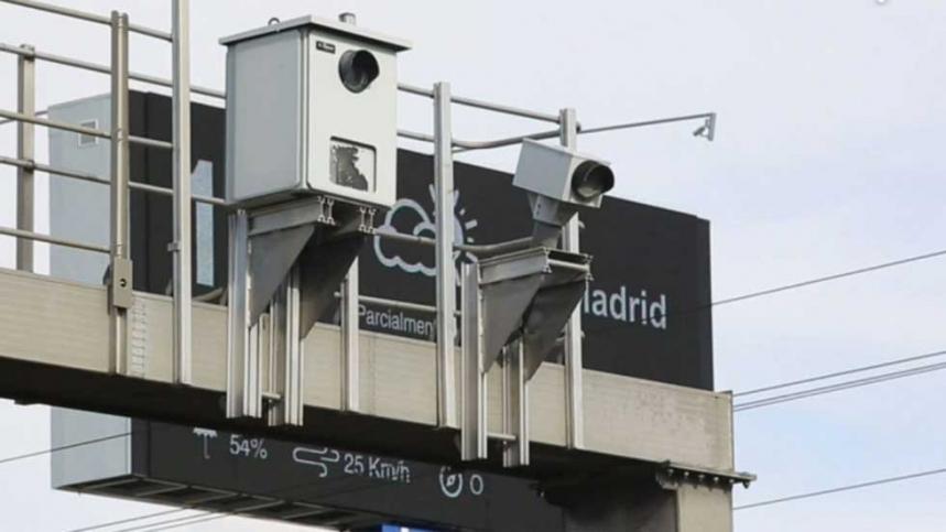 Los radares de la DGT multaron a 375 conductores cada hora en 2015