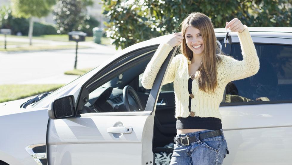 Seguro de coche: edad y experiencia son clave en el precio