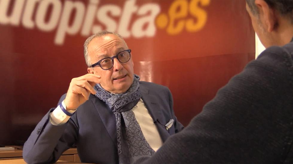 Videoentrevista al diseñador de coches Walter de Silva