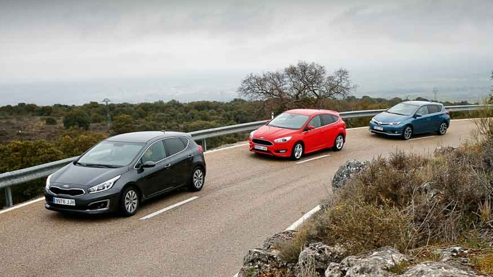 Ford Focus 1.0 EcoBoost, Kia cee'd 1.0 T-GDi y Toyota Auris 1.2T 120