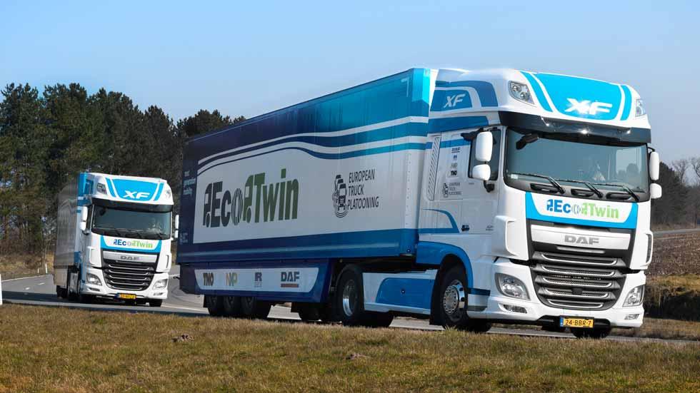 Camiones conectados entre sí en la European Truck Platooning Challenge