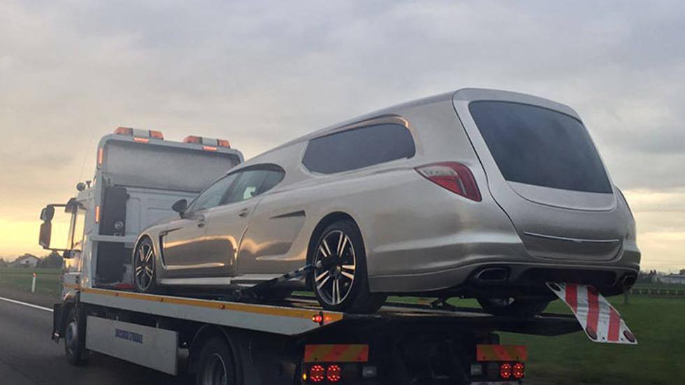 Un Porsche Panamera convertido en… ¡coche fúnebre!