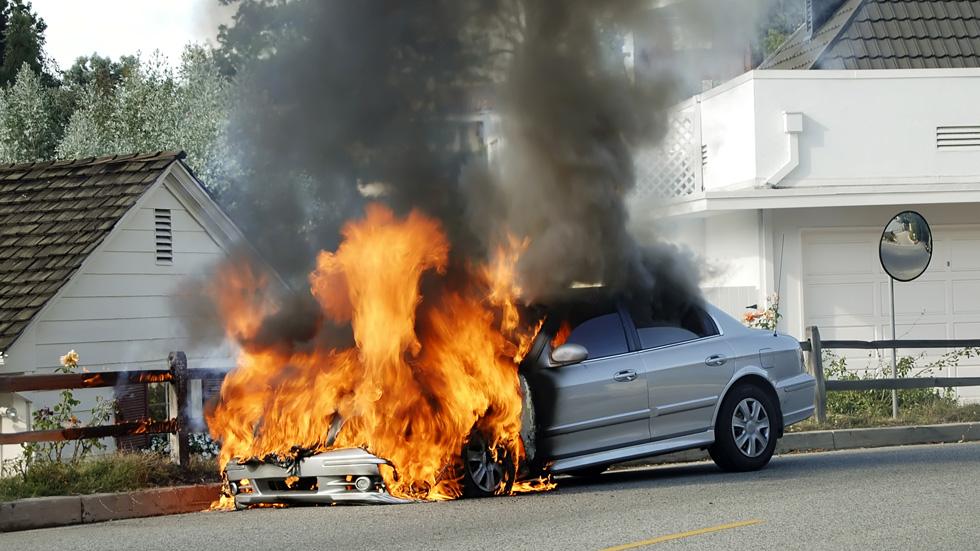 Trucos y consejos para evitar que tu coche se incendie