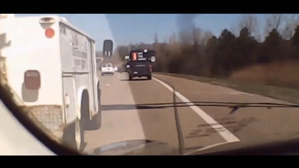 La conducción semi-autónoma ya evita accidentes (Vídeo)