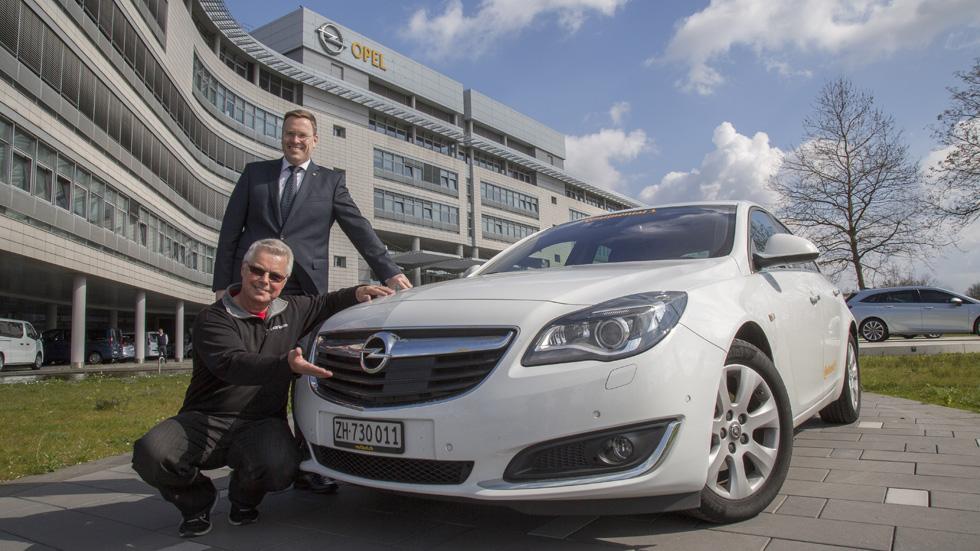 ¿Cuántos km recorre el Opel Insignia con un depósito de combustible?