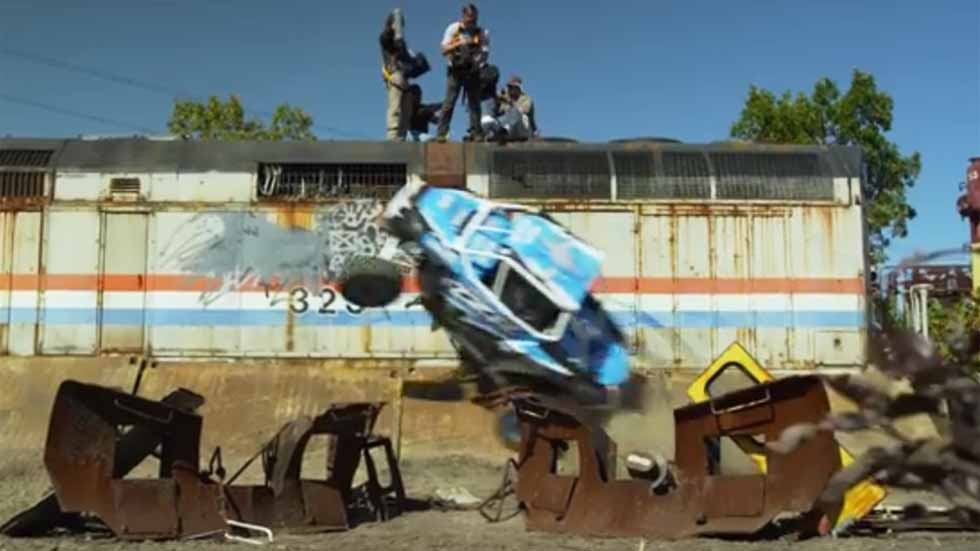 Polaris RZR: el coche que se sube por las paredes (vídeo y fotos)