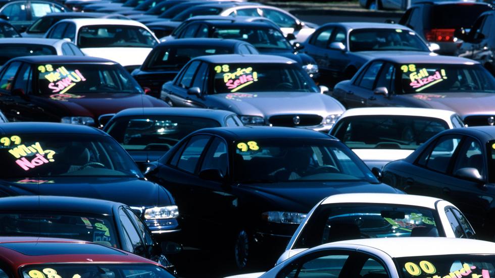 Caen las ventas de vehículos de ocasión un 9,8 por ciento