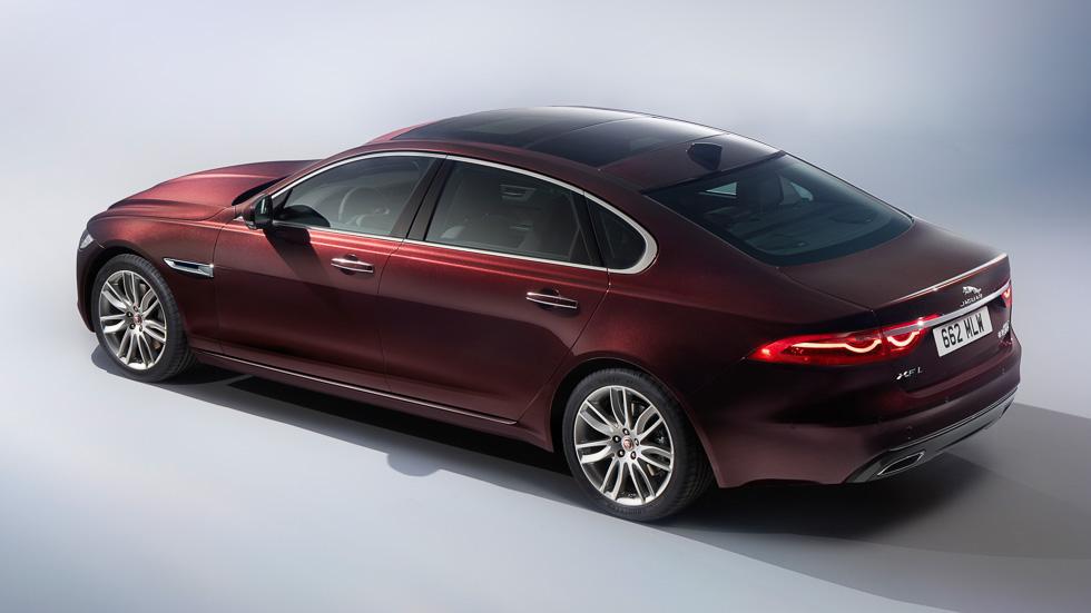 Jaguar XFL, una nueva súper berlina de batalla larga
