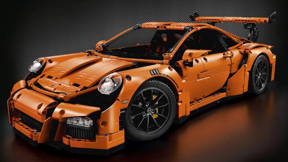 Ya puedes tener un Porsche 911 GT RS, de Lego