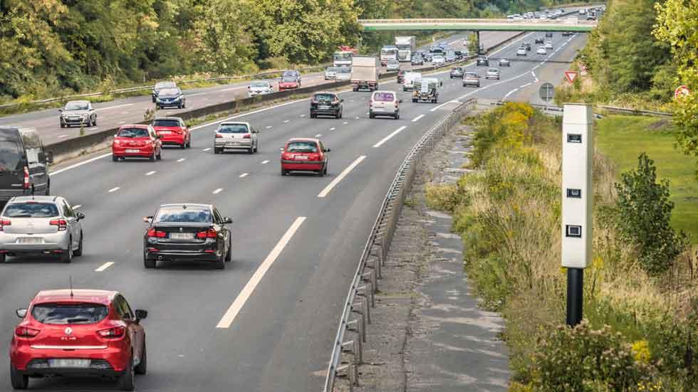 Llega el súper radar: puede multar hasta 32 coches a la vez