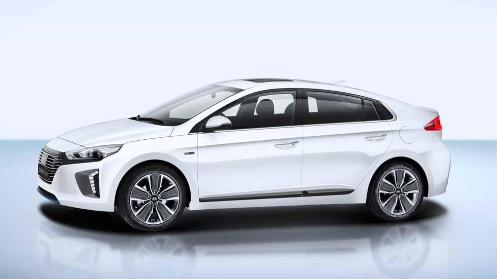 Hyundai Ioniq Hybrid: a prueba un serio rival del Toyota Prius