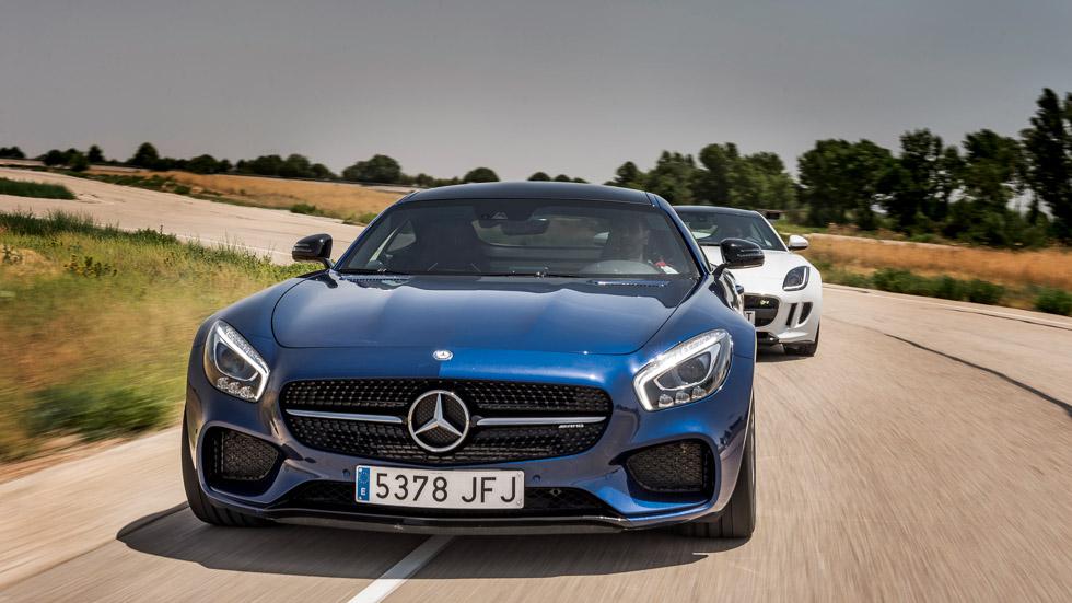Jaguar F-Type R vs Mercedes AMG GT S: ¡viva la propulsión!