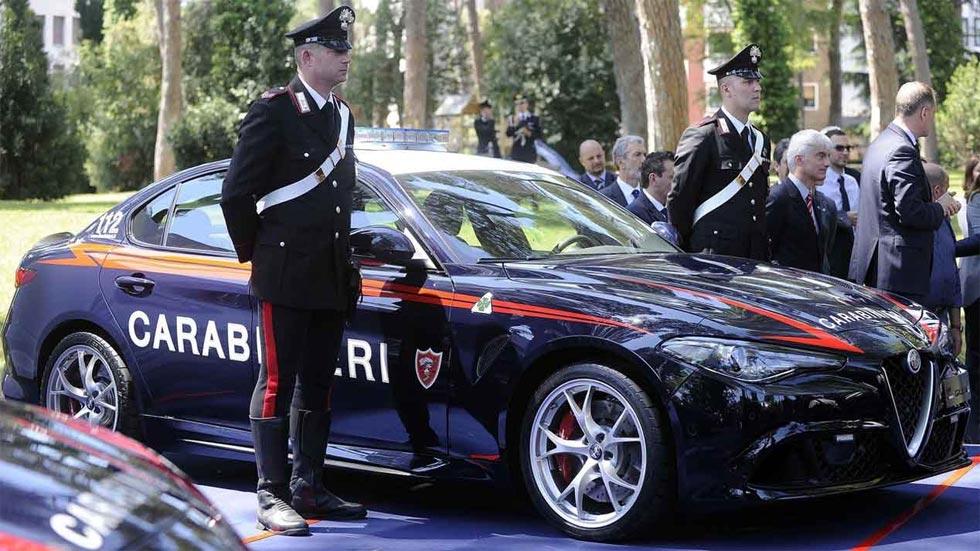 El Alfa Giulia Quadrifoglio, el nuevo coche de los Carabinieri
