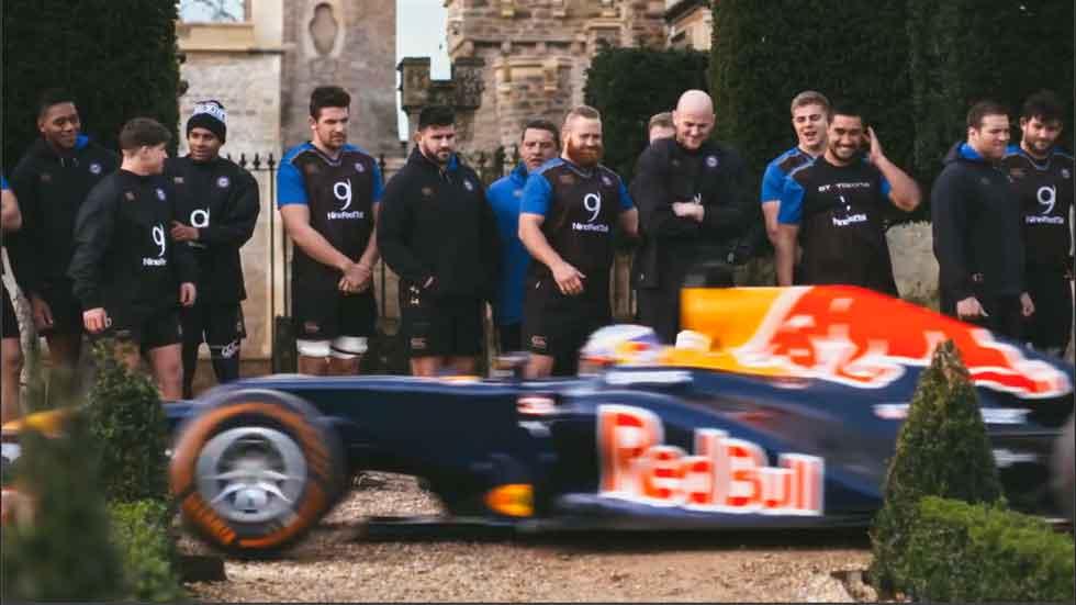 ¿Quién puede más: un F1 o un equipo de rugby? (vídeo)
