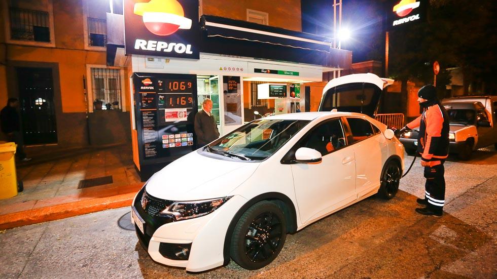 Reto Madrid-Barcelona: ¿ida y vuelta en coche sin repostar?