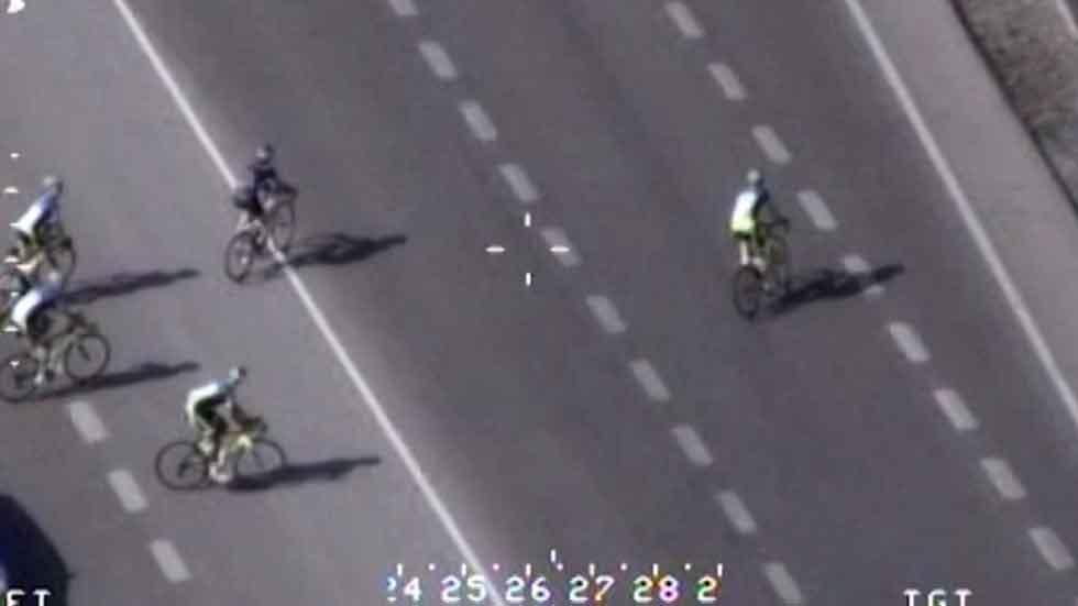 Las últimas 'pilladas' del Pegasus: turno para ciclistas y motoristas (vídeo)