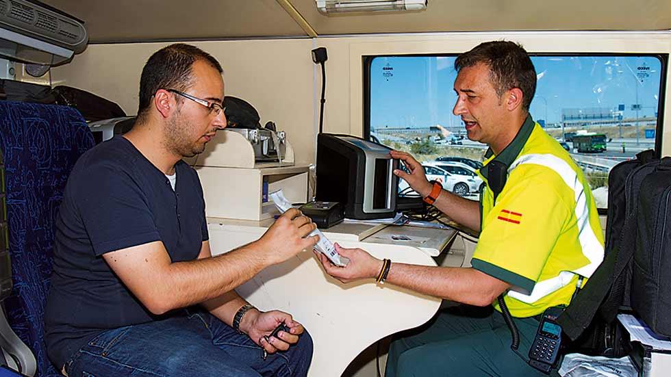 Falsos trucos anti-drogas al volante que no funcionan