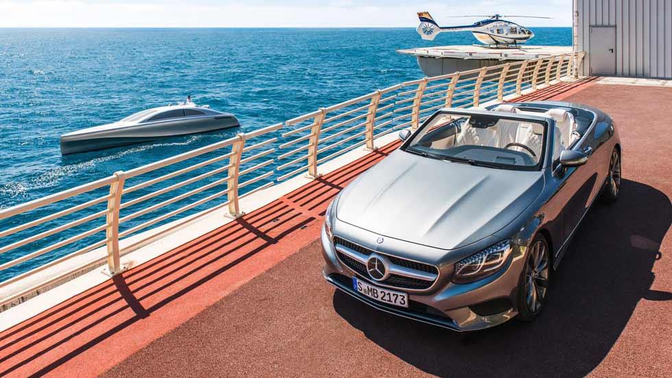 Los transportes de Mercedes por tierra, mar y aire... (vídeo)