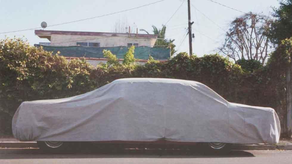 El hombre que recorrió todo el mundo buscando coches tapados