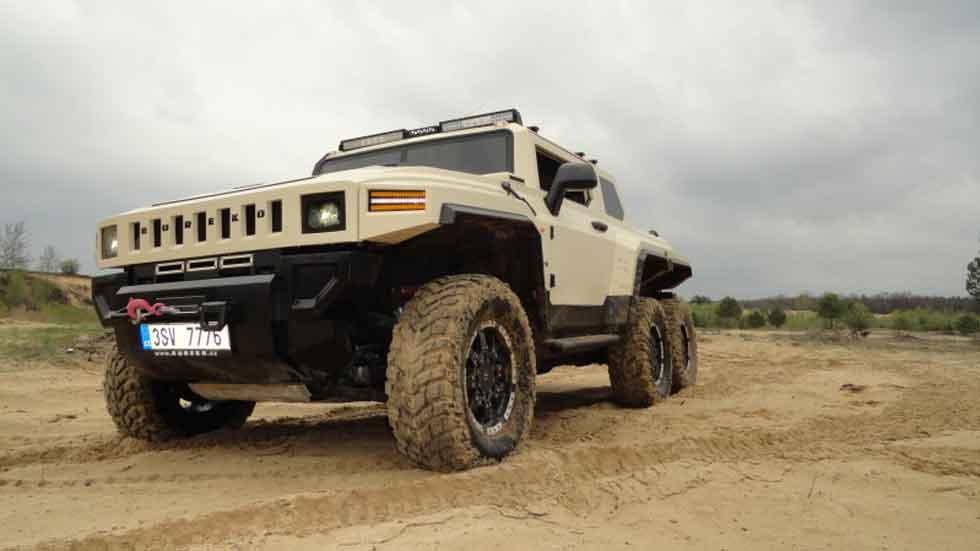 Bureko 6X6 Hummer Klon: el todoterreno total (vídeo)