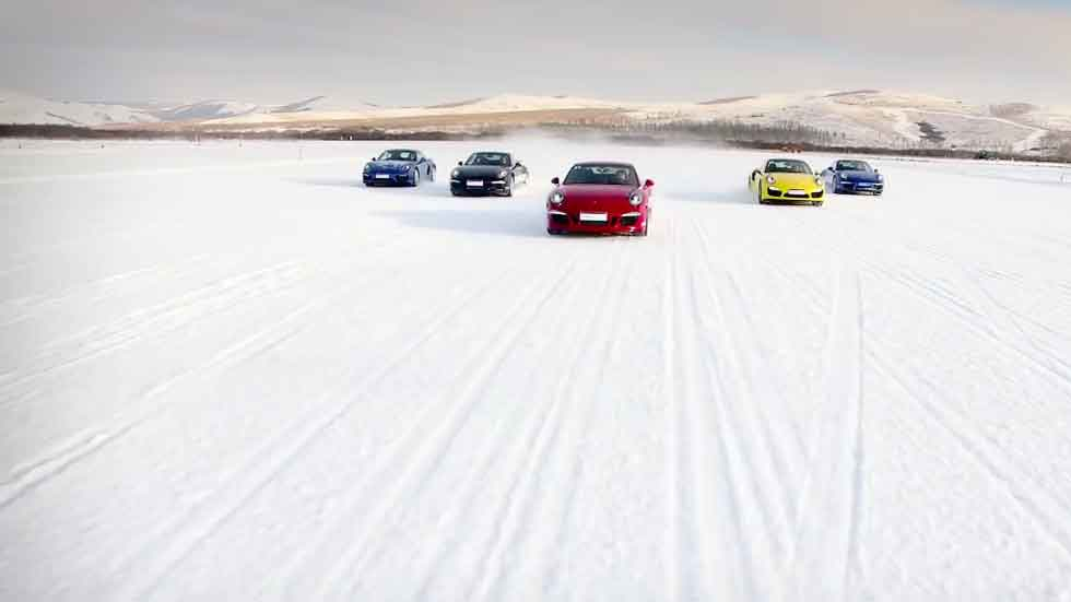 Porsche Snow Force: la conducción definitiva en hielo (vídeo)