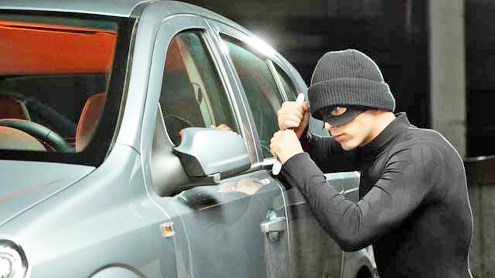 Así recupera la Policía los coches robados