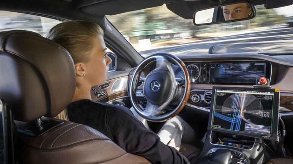 Accidentes de coches autónomos: crean un seguro especial