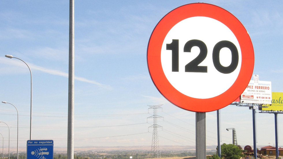 Elecciones Generales: PSOE, en contra de los 130 km/h de velocidad máxima
