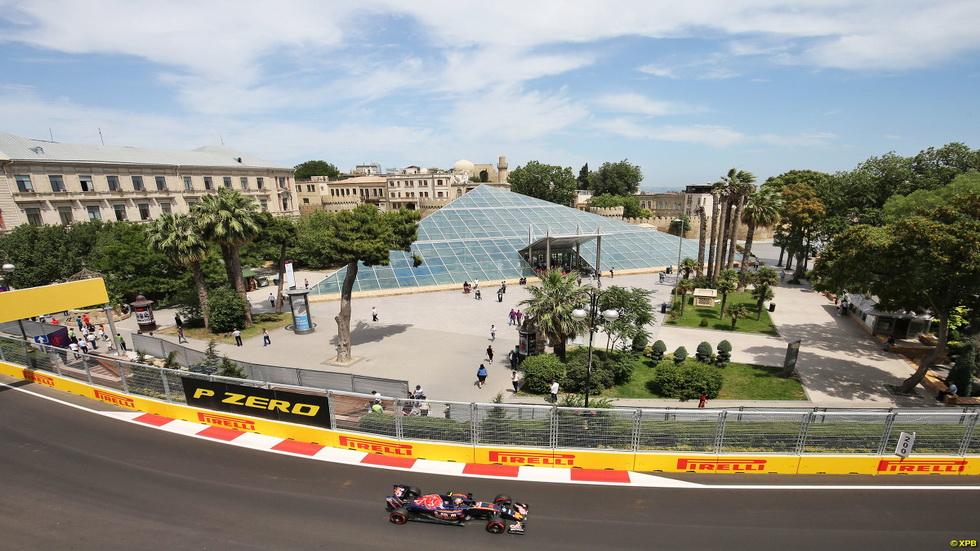 Gran Premio de Europa: Carlos Sainz, sexto en los libres de Bakú