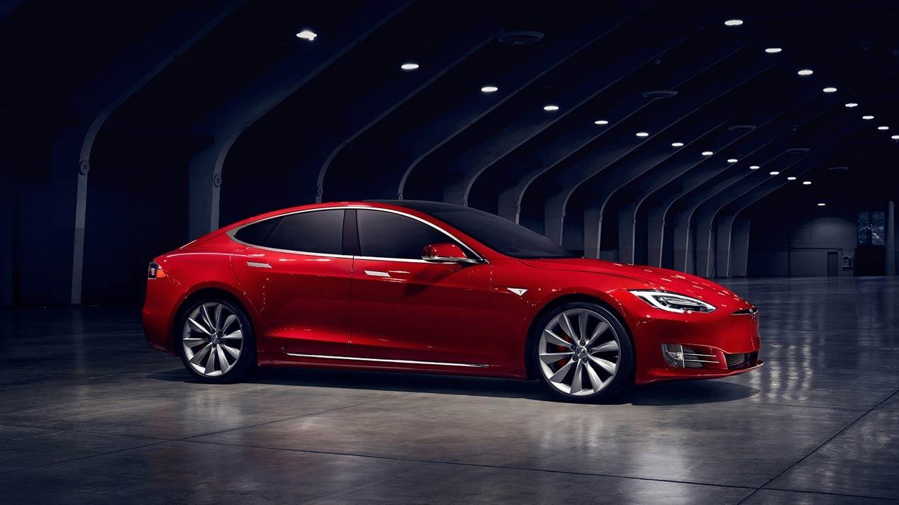 Los coches eléctricos de Tesla pueden navegar