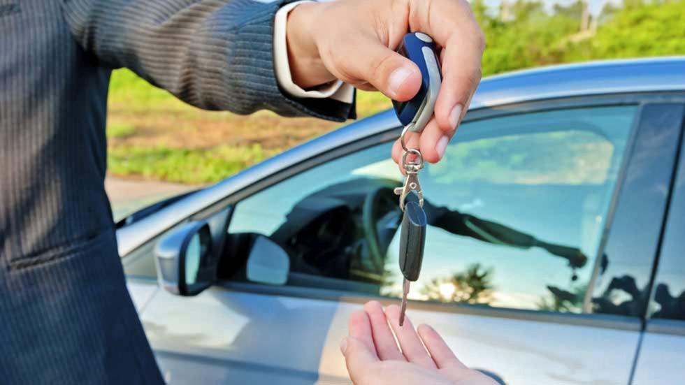 ¿Cuántos coches usados de más de diez años se venden en España?