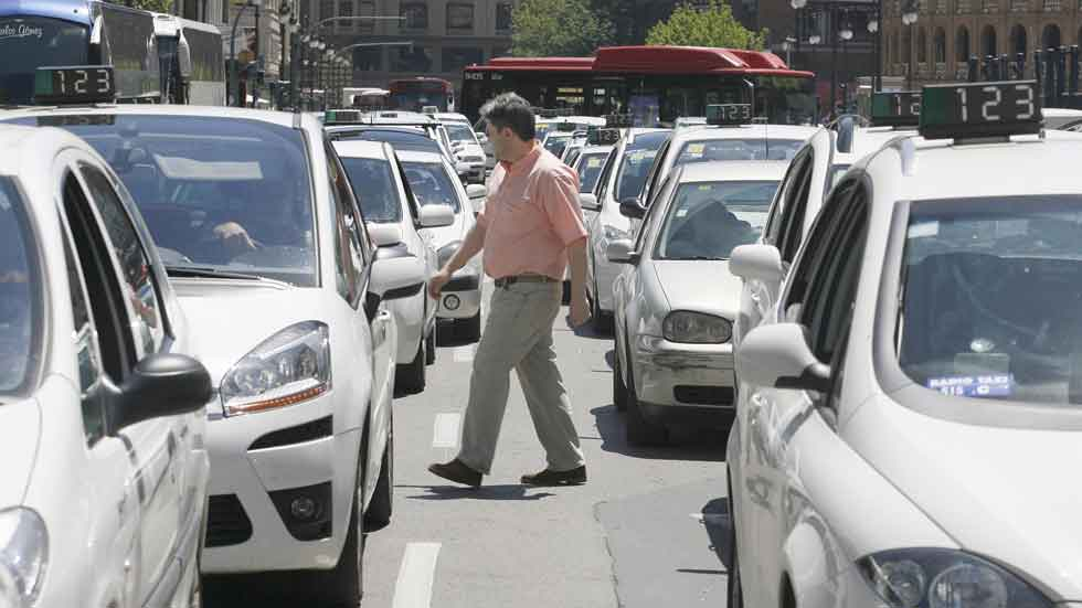 Taxistas en Valencia: multas de hasta 1.000 euros por anuncios de prostitución
