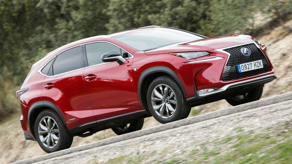 """Lexus NX 300h: """"la-tracción total"""" hecha crossover"""
