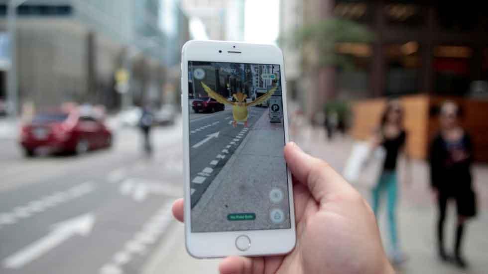 Un nuevo peligro en la carretera: los conductores que juegan a Pokémon Go
