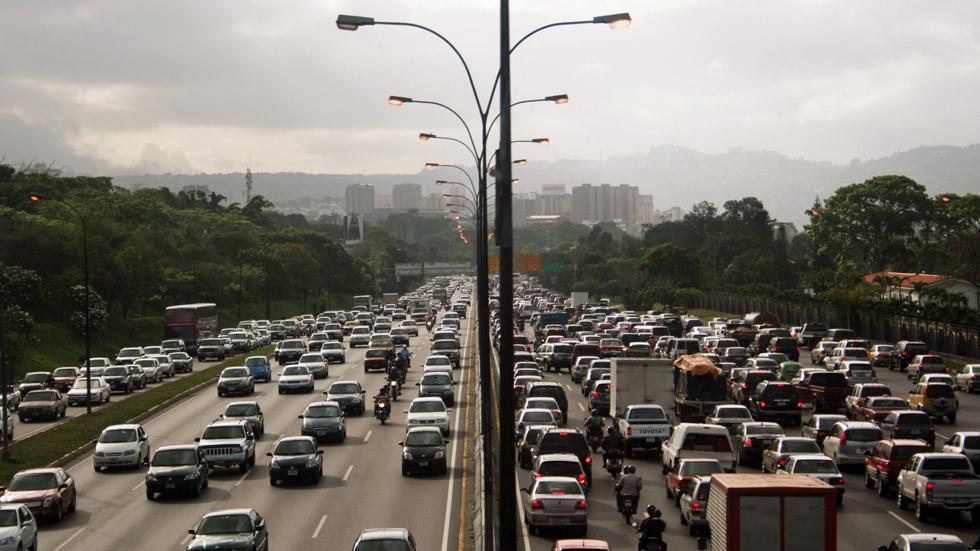 Puente del 25 de julio: Tráfico prevé 5,7 millones de desplazamientos