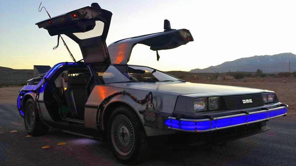 La réplica exacta del DeLorean de Regreso al Futuro, a la venta en Ebay