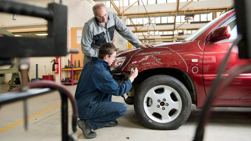 Cómo descontaminar tu coche: trucos para hacerlo
