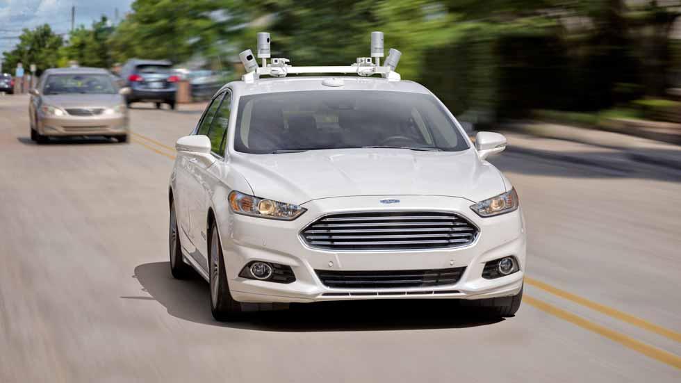 Ford lanzará su primer coche autónomo en 2021