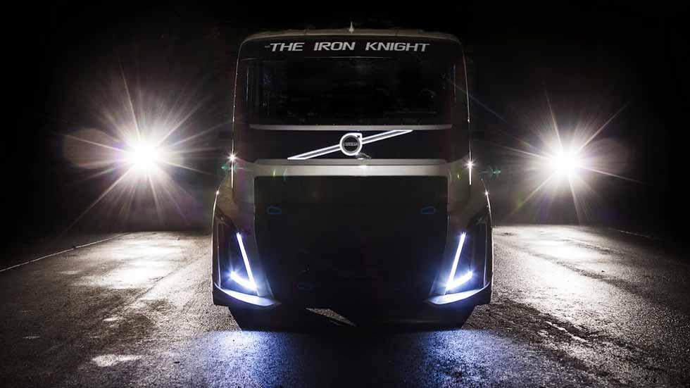 Volvo The Iron Knight: ¿el camión más rápido del mundo? (vídeo y fotos)