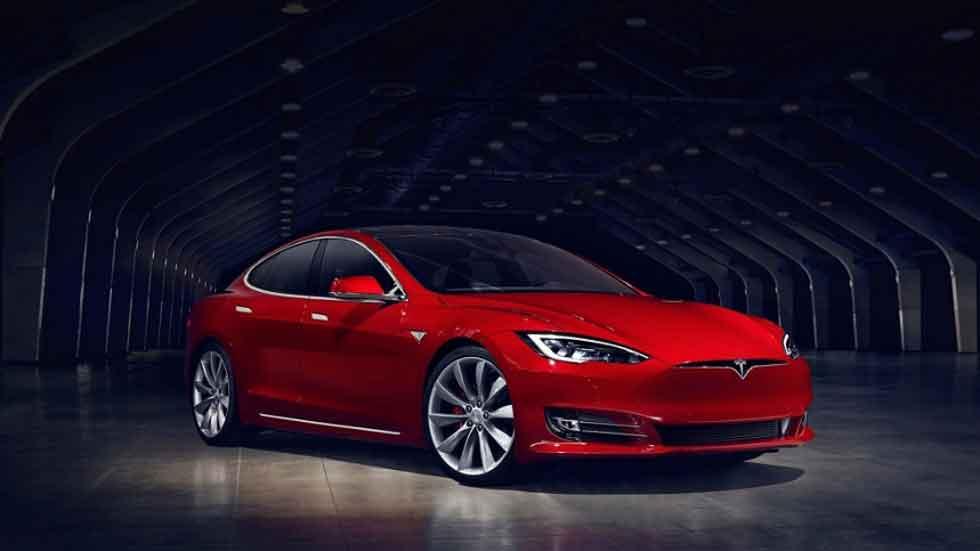 La historia de un taxista y su Tesla Model S con 160.000 km