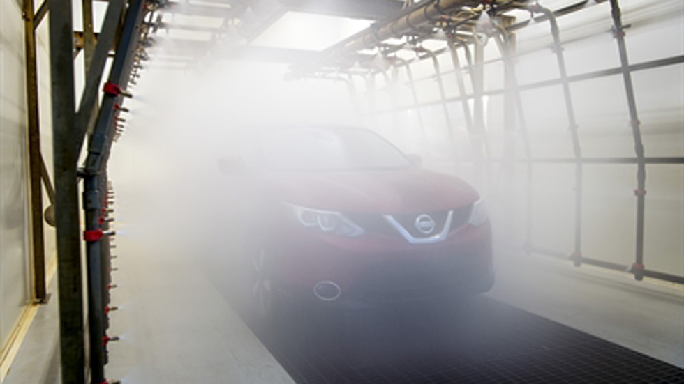 Un Nissan Qashqai en la prueba del lavavajillas (vídeo)