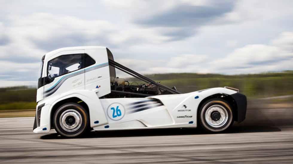 Volvo The Iron Knight: récord mundial de velocidad de un camión