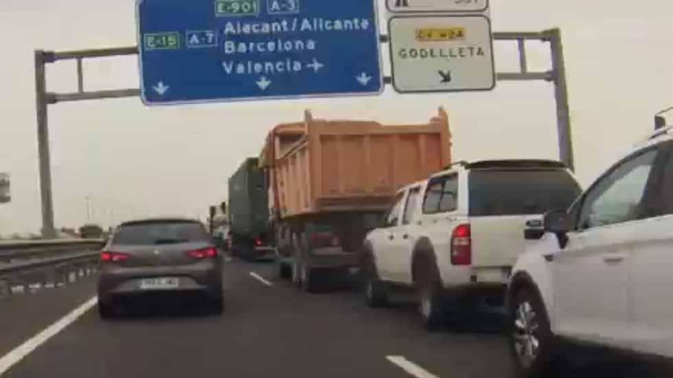De Madrid a Valencia a 21.000 km/h (vídeo)