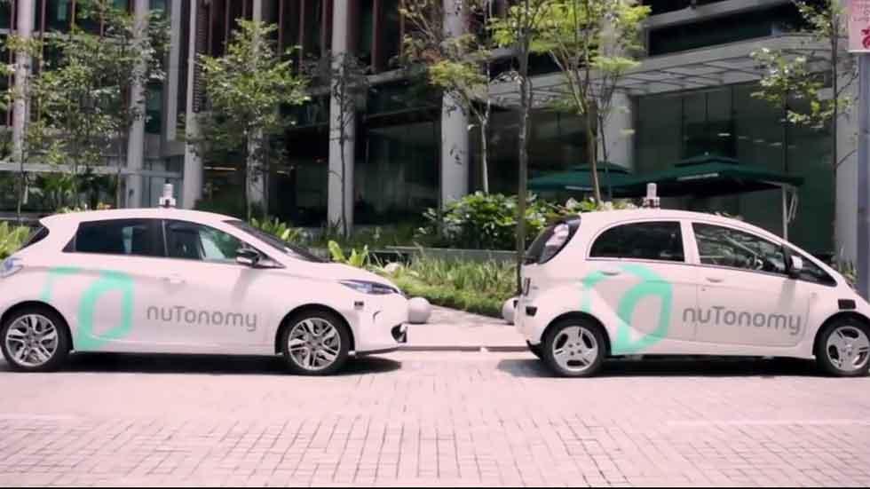 Ya ruedan los primeros taxis sin conductor (vídeo)
